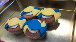 Lemon Cupcakes with Fondant Decoration